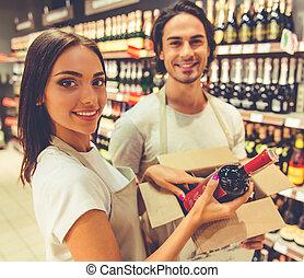 mensen, werkende , in, de, supermarkt