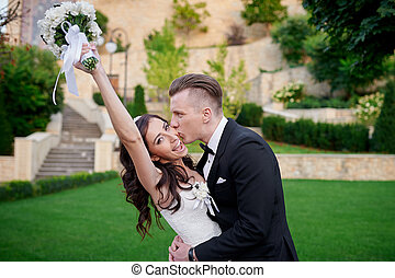 menyasszony inas, -ban, esküvő nap, gyalogló, alatt, nyár, liget