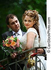 menyasszony inas, képben látható, bridzs