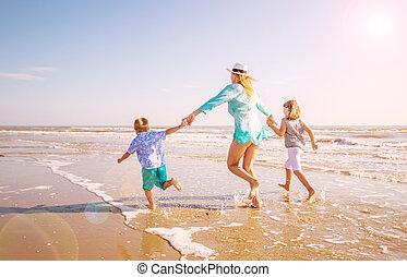 mer, elle, jouer, maman, brin, enfants, heureux