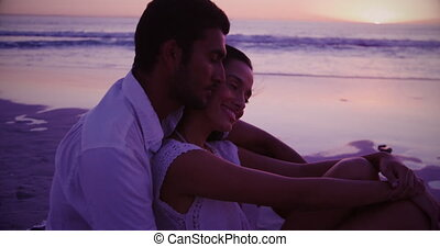 mer, jeune couple