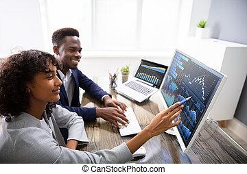 mercato, grafici, mediatore riserva, analizzare, computer