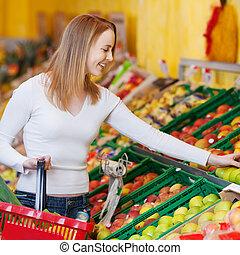 mercearia, mulher, loja, maçãs, comprando