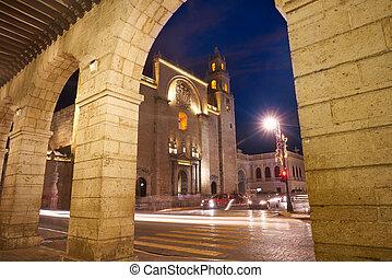 Merida city arcade arcs of Yucatan Mexico - Merida city ...