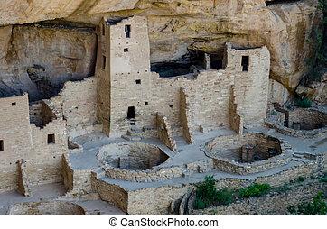 Mesa Verde Narrow - Cliff Palace dwelling in Mesa Verde...