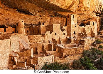 Mesa Verde  - Pueblo land - Mesa Verde National park