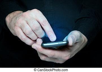 messaggio testo, smartphone, uomo, dattilografia