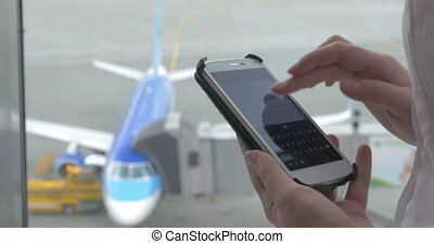Messaging on phone during the flight waiting