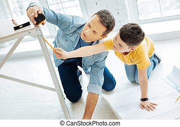 mesurer, jambe, père, ensemble, fils, agréable, table