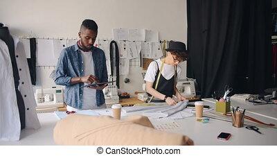 mesurer, mode, tablette, textile, studio, utilisation, girl, concepteurs, type