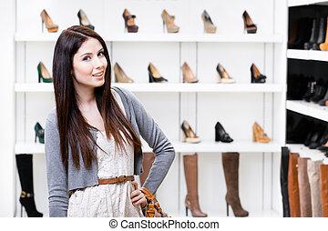 metà-lunghezza, ritratto, di, donna, in, centro commerciale