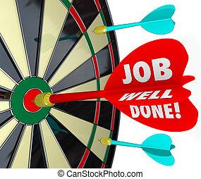 meta, trabalho, bulls-eye, poço, missão, dardo, realizado, feito, tábua
