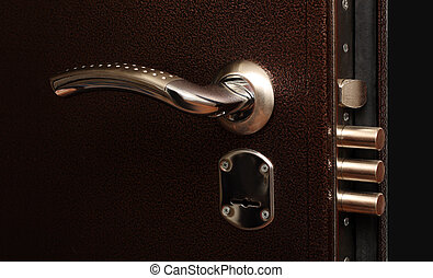 lock with pull out bolts