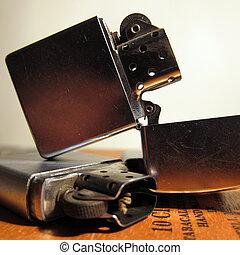 Cigarette Lighter - Metal & Gold Cigarette Lighters on cigar...
