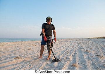 metal, mar, detector, playa, arenoso, hombre