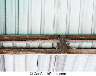 Metal sheet roof.