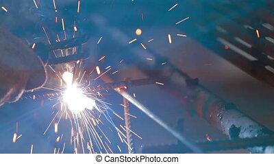 Metal welding process