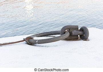 metall, schiffsanker, ring, bereit, zu, schiffsanker, a, schiff, meer, in, winter