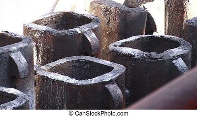 Metallurgical form