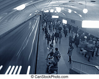 metro, menigte