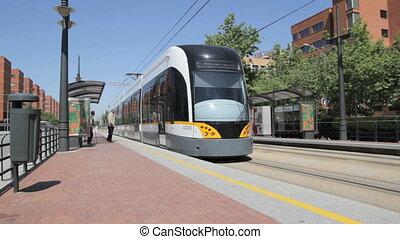 metro, tramwaj