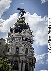 Metropolis, Image of the city of Madrid, its characteristic...