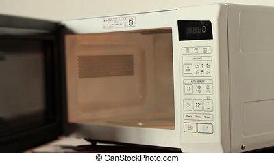 mettre, cuisinier, bol, micro ondes