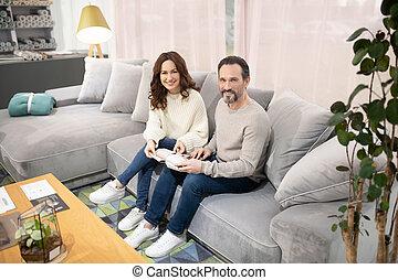 meubles, salon, femme, sofa, séance, homme