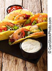 mexicaanse , verticaal, voedingsmiddelen, groentes, vasten, tacos, fris, close-up., garnalen, sausen