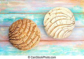 Mexican Conchas sweet bread - Conchas sweet bread...