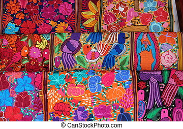 mexican embroidery - Mexican crafts embroidery skull...