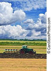 mezőgazdaság, traktor