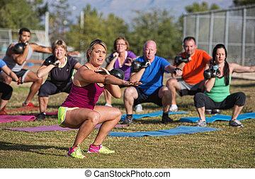 mezclado, bota, campo, ejercicio de grupo