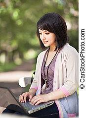 mezclado, computador portatil, carrera, estudiante universitario