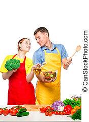 miłość, sałata, para, gotowanie, młody, znowu, inny, spojrzenia, tło, każdy, roślina, biały
