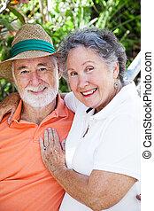 miłość, starsza para