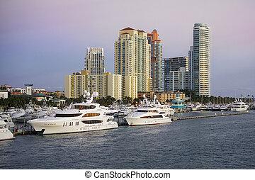 Miami Beach Marina - Biscayne Bay, Miami Beach, Florida,...