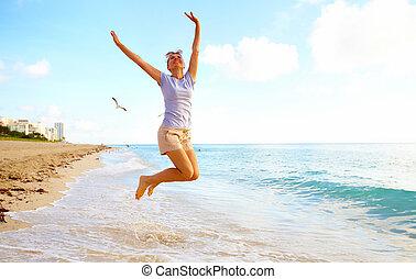miami, kobieta, plaża., szczęśliwy