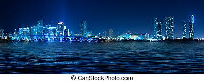 miami skyline, w nocy