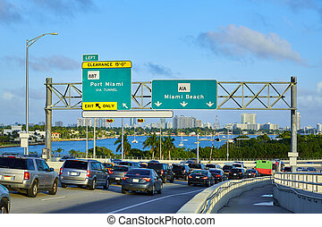 Miami traffic driving to Miami beach Florida - Miami...