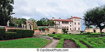 Miami Vizcaya museum garden view panorama