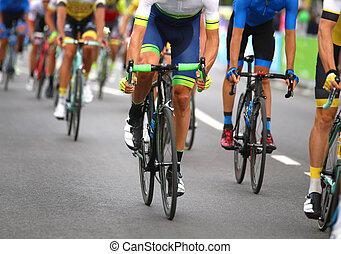 miasto, bardzo, ulice, rowerzyści, szybko, przez, mocny, nożny