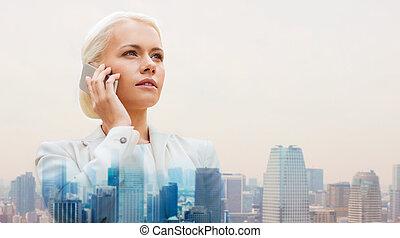 miasto, smartphone, poważny, kobieta interesu