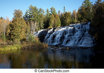 michigan, chute eau