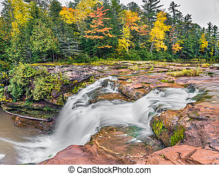 Michigan's O Kun de Kun Falls