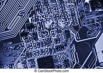 microcircuit with chip of condensers, resistors and transistors