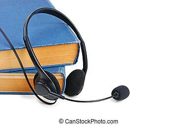 microfone, fones, isolado, livros, fundo, branca, pilha