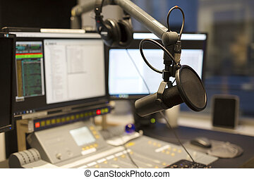 microfone, modernos, transmissão, estação, rádio, estúdio