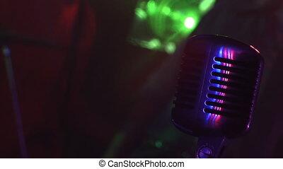 microphone, 3