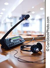 microphone, -, simultané, interpréter, standard, interpreter, cabine